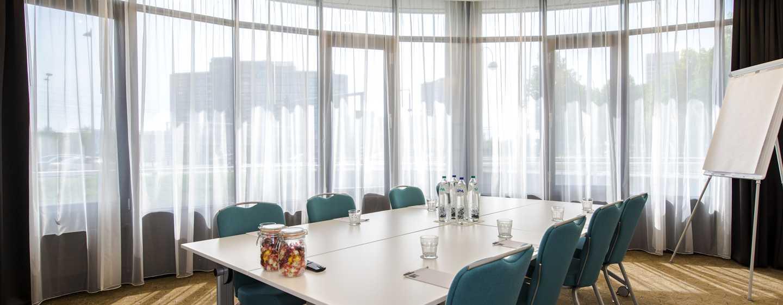 Für geschäftliche oder private Treffen, stellen wir Ihnen gern den Meetingraum zur Verfügung