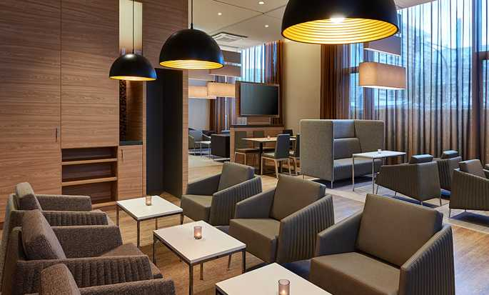 Hampton by Hilton Berlin City Centre Alexanderplatz Hotel, Deutschland – Lounge