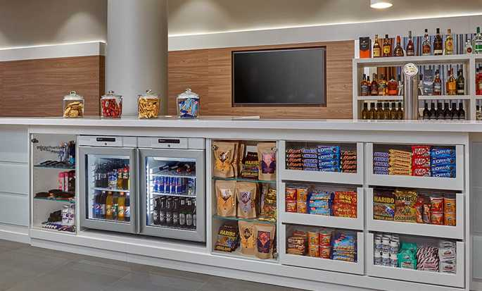 Hampton by Hilton Berlin City Centre Alexanderplatz Hotel, Deutschland – Snack-Shop