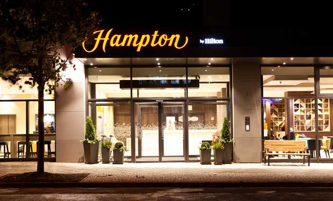 Hampton by Hilton Berlin City East Side Gallery Hotel, Deutschland – Außenbereich