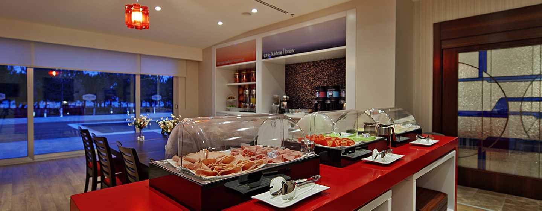 Hampton by Hilton Hamburg City Centre Hotel, Deutschland– Frühstücksbereich