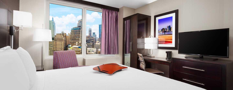 Hampton Inn Manhattan/Times Square Central Hotel, New York, USA– Standard Zimmer mit King-Size-Bett