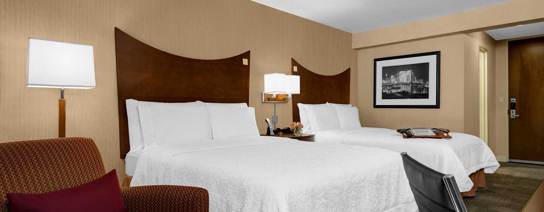 Hampton Inn Manhattan-Times Square North Hotel, New York, USA– Zimmer mit Queen-Size-Betten