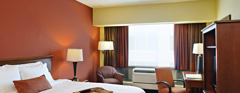 Hampton Inn Philadelphia Center City– Convention Center Hotel– Zimmer mit King-Size-Bett