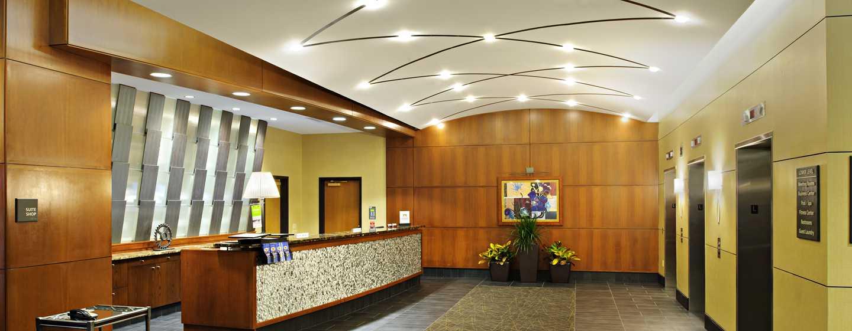 Hampton Inn Philadelphia Center City– Convention Center Hotel– Lobby