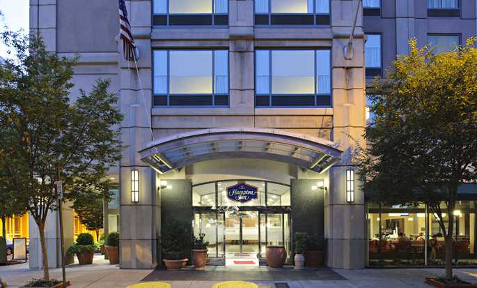 Hampton Inn Philadelphia Center City – Convention Center Hotel – Vordereingang
