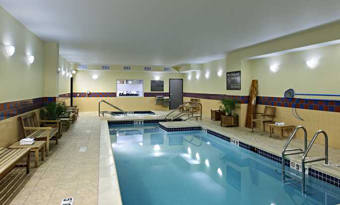 Hampton Inn Philadelphia Center City – Convention Center Hotel – Innenpool