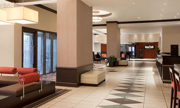 Hilton Garden Inn Chicago Downtown/Magnificent Mile Hotel, USA – Lobby
