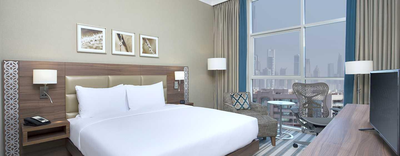Hilton Garden Inn Dubai Al Mina Hotel, VAE– Schlafzimmer der Suite
