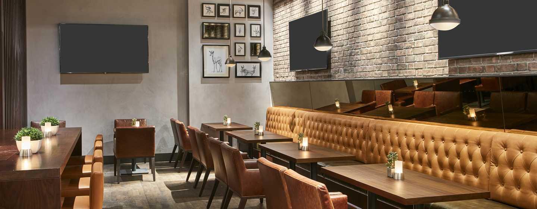 Hilton Garden Inn Mall of the Emirates Hotel, VAE – The Garden Bar