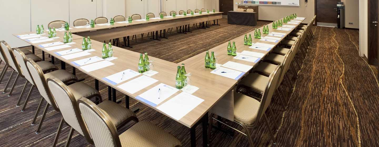 Gern bestuhlt das Event-Team die Meetingräume nach Ihren Wünschen
