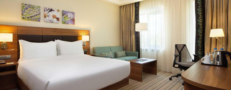 Hilton Garden Inn Moscow New Riga Hotel, Russische Föderation– Zimmer mit King-Size-Bett
