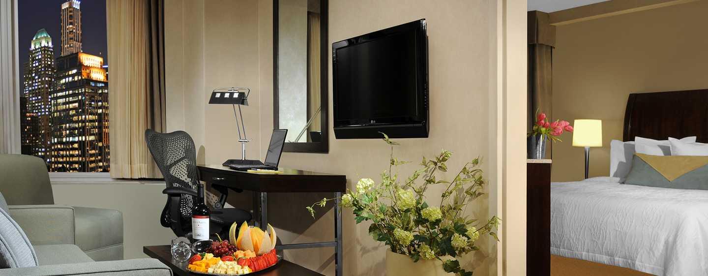 Hilton Garden Inn New York/West 35th Street, USA - Suite mit King-Size-Bett