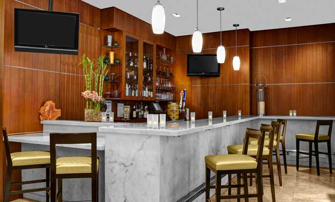 Hilton Garden Inn New York/West 35th Street, USA - Lobby Bar