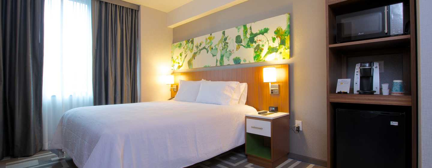 Hilton Garden Inn New York/Central Park South-Midtown West, USA - Zimmer mit King-Size-Bett
