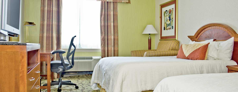 Hilton Garden Inn Philadelphia Center City Hotel, Pennsylvania, USA– Gästezimmer mit Doppelbett