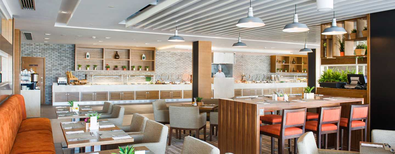 Hilton Garden Inn Ras Al Khaimah, VAE– The Garden Grille