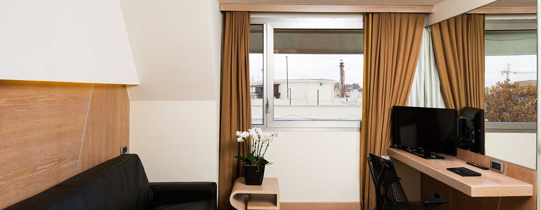 Hotel Hilton Garden Inn Rome Claridge, Italien– Details der Junior Suite