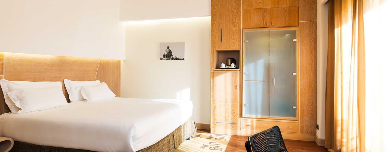Hotel Hilton Garden Inn Rome Claridge, Italien– Superior Zimmer
