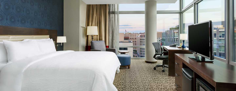 Hilton Garden Inn Washington DC/Georgetown hotel - Eckzimmer mit King-Size-Bett