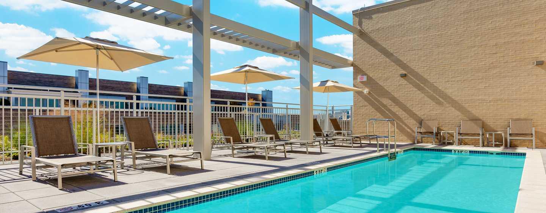 Hilton Garden Inn Washington DC/Georgetown hotel - Swimmingpool auf der Dachterrasse