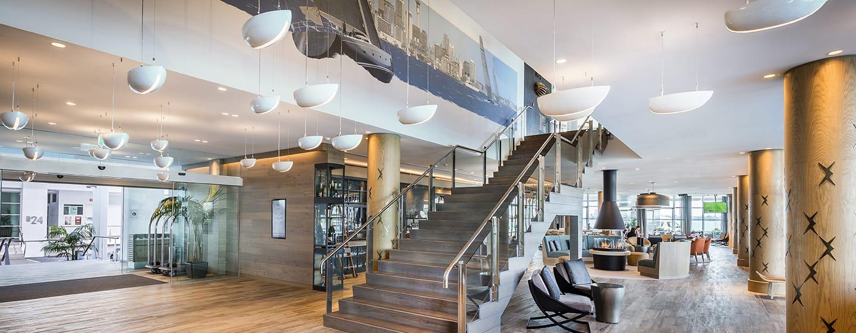 Hilton Auckland Hotel, Neuseeland– Treppe in der Lobby