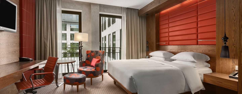 Hilton The Hague, Niederlande– Zimmer mit Kingsize-Bett