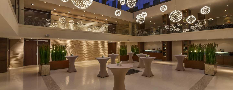 Hilton The Hague Hotel, Niederlande– Cocktailempfang im Atrium