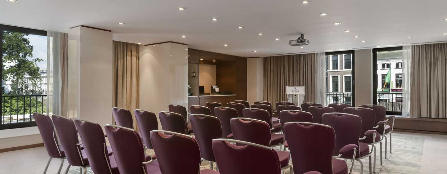 Hilton The Hague, Niederlande – Meetingraum Blue