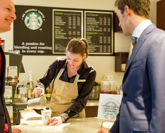 Hilton The Hague Hotel, Niederlande – Starbucks