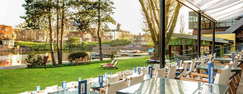 Hilton Amsterdam Hotel, Niederlande– Gartenterrasse