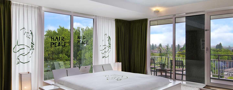 Hilton Amsterdam Hotel, Niederlande– John and Yoko Suite