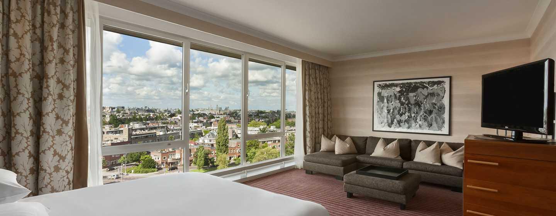 Hilton Amsterdam Hotel, Niederlande– Junior Suite mit Kingsize-Bett