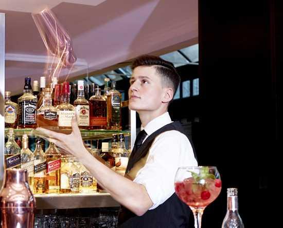 Restaurant Brasserie Flo Antwerp – Hilton Antwerp Old Town 90dfc2ccb72