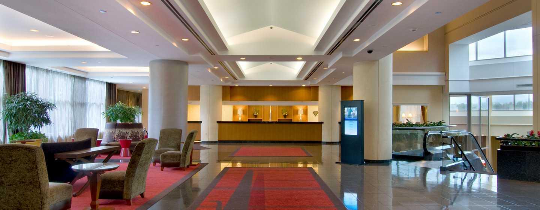 Hilton Atlanta Airport Hotel – Lobby
