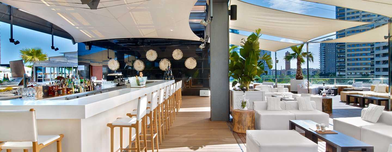 Hilton Diagonal Mar Barcelona, Spanien– Dachterrasse