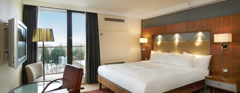 Hilton Birmingham Metropole, Großbritannien - Hilton Suite mit King-Size-Bett