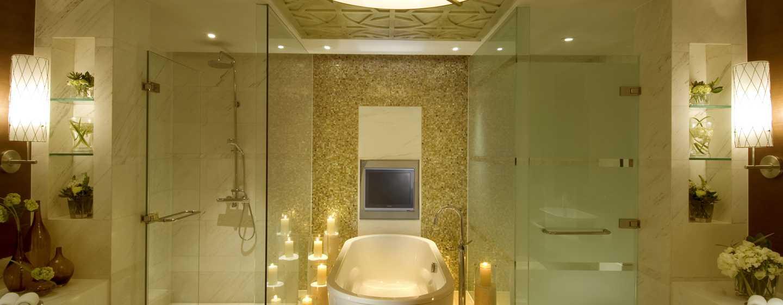 Hilton Beijing, China – Badezimmer der Chairman Suite
