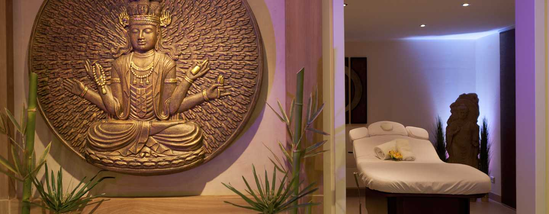 Im hoteleigenen Spa können Sie sich mit einer Vielzahl an Behandlungen verwöhnen lassen