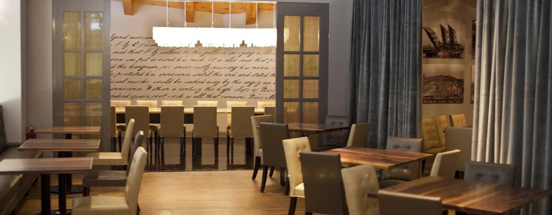Hilton Boston Downtown/Faneuil Hall Hotel, USA– Restaurant Nix's Mate