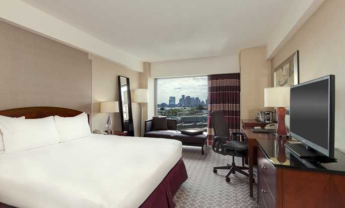 Hilton Boston Logan Airport Hotel, USA – Barrierefreies Zimmer mit King-Size-Bett