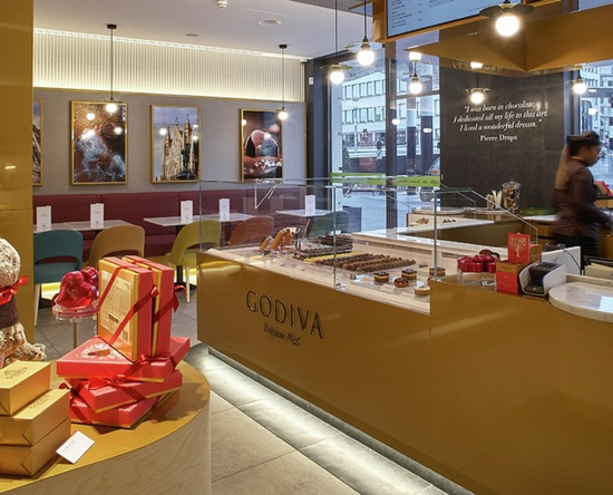 Hilton Brussels Grand Place, Belgien – Godiva Cafe Chocolat