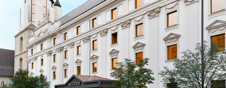 Hilton Budapest Hotel, Ungarn– Historische Fassade des Hilton Budapest Hotels