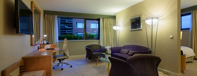 Hilton Budapest City Hotel, Ungarn – Executive Zimmer mit Kingsize-Bett