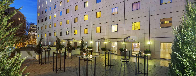 Athenee Palace Hilton Bucharest Hotel, Rumänien– Hilton Meetings-Terrasse