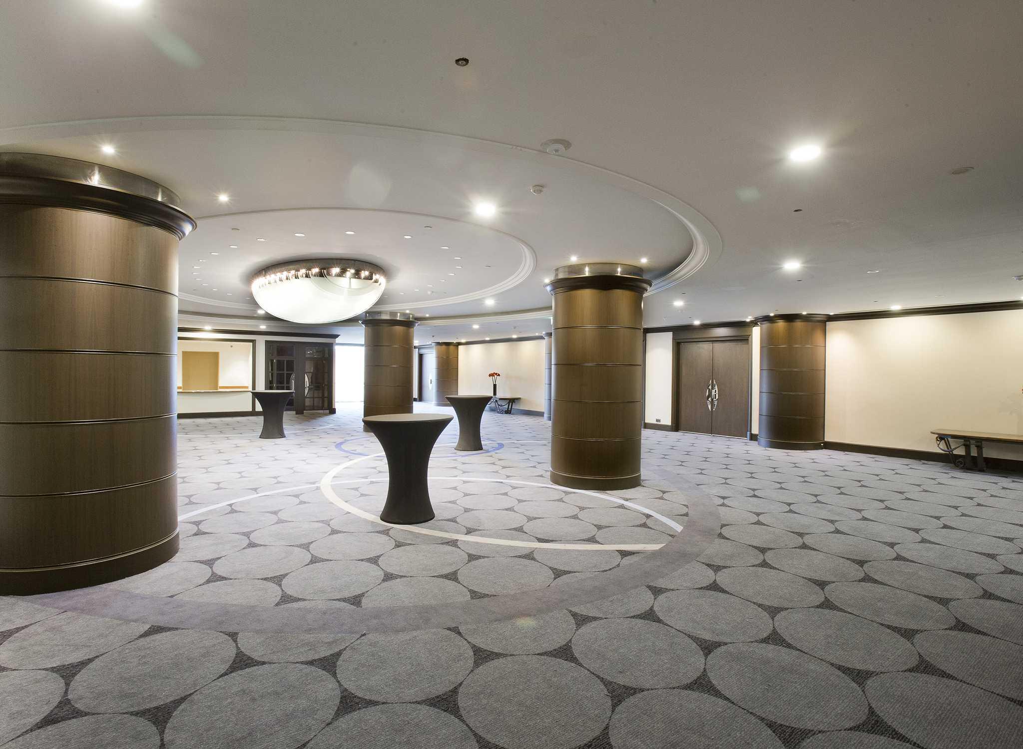 Roissy Hotels Hilton Paris Charles De Gaulle Airport Hotel