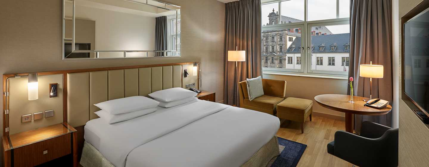 Hilton Cologne, Deutschland - KING GUEST ROOM