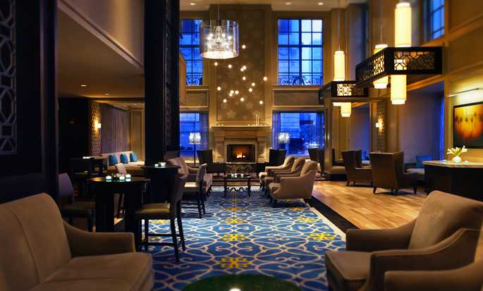 Hilton Chicago Hotel, Illinois – Lobby