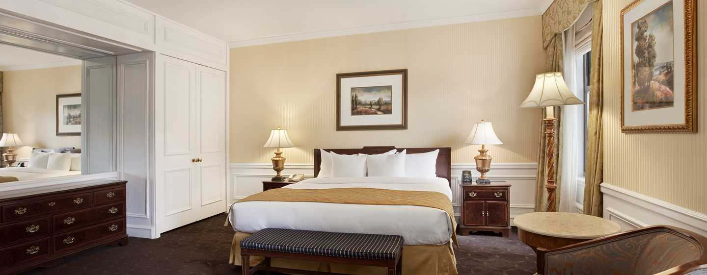 The Drake, A Hilton Hotel, Chicago, USA – Chicago's Gold Coast Suite, Wohnbereich