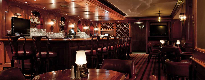 The Drake, A Hilton Hotel, Chicago, USA – COQ D'OR